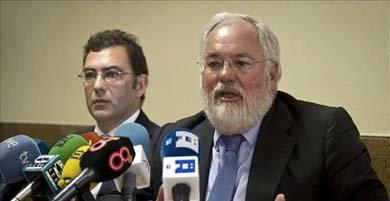 Arias Cañete, mitad ministro de medio ambiente mitad empresario del bunkering