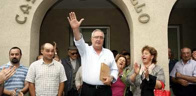 El regidor de la localidad lucense, Manuel González Capón no dimite