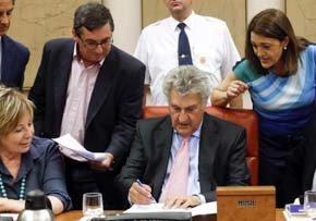El Congreso tumba las mociones que pedían reprochar a Rajoy sobre el caso Bárcenas