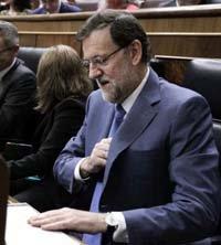 Rajoy defiende que España 'ha salido de la recesión' aunque 'no de la crisis'