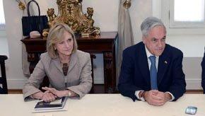 Evelyn Matthei candidata del bloque oficialista y el presidente chileno Sebastián Piñera
