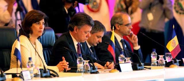 Rajoy ratifica en Panamá su pleno apoyo a Cospedal tras el 'careo' con Bárcenas