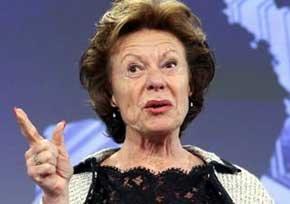 La vicepresidenta de la Comisión Europea y responsable de telecomunicaciones, Neelie Kroes