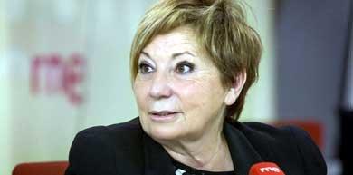 Celia Villalobos, entrevistada en RNE. (Foto: prensa RTVE)