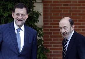 El PP recupera votos y se aleja siete puntos del PSOE, que se estanca, según el CIS