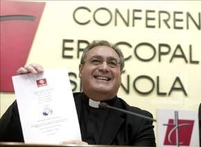 El nuevo secretario general y portavoz de la Conferencia Episcopal Española (CEE), José María Gil Tamayo.