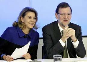 Mariamno Rajoy, presidente del Gobierno y del PP  Mariano Rajoy,  junto a la Nº2 del partidos Mª Folores de Cospedal.