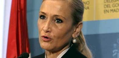 La delegada del Gobierno en Madrid, Cristina Cifuentes, durante una rueda de prensa