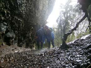 Cueva de los Pincheira gana proyecto para potenciar el turismo histórico