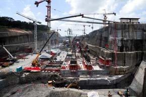La ampliación del Canal de Panamá al margen de Sacyr se retrasaría tres años