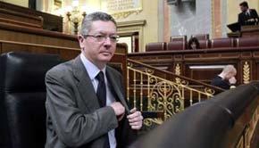 Gallardón, de 'okupa' y moroso condenado por un juzgado de Madrid, a ministro de Justicia