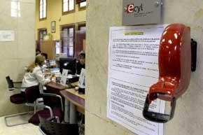 En la imagen, interior de una oficina de empleo del Servicio Público de Empleo de Castilla y León. EFE/Archivo