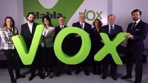 Algunos de los integrantes de Vox, entre los que figuran Santiago Abascal y Ortega Lara