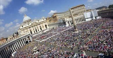 Vista general de la Plaza de San Pedro en el Vaticano. EFE/Archivo