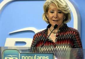 Aguirre no deja su labor de oposición…, contra Rajoy. Ahora con el tema Cataluña. Foto EFE