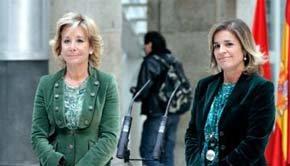Esperanza Aguirre (i) y Ana Botella