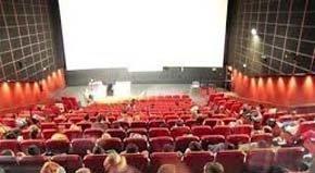 FACUA advierte de que ir al cine en fin de semana cuesta ya una media de 7,29 euros y reclama una #tarifaplanacineYA