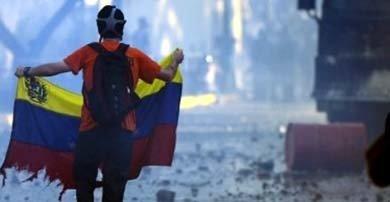 Manifestantes en las calles de Venezuela contra el gobierno de Maduro AFP