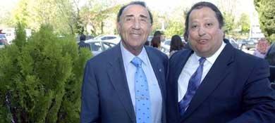 Alfonso Tezanos (derecha) durante su toma de posesión en 2012 (foto: CECOMA).
