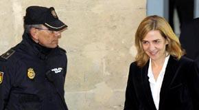 La infanta Cristina a la salida del juzgado de Palma de Mallorca. (Reuters)