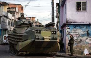 Marines y policía toman las favelas de Brasil hasta después del Mundial de Fútbol