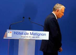 Dimite en pleno el Gobierno francés y Hollande nombrará a Manuel Valls como primer ministro