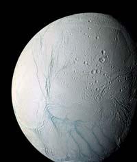 NASA afirma que podría haber vida en océano oculto en luna de Saturno