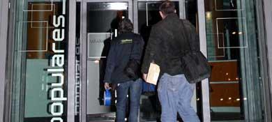 Registro de la sede del PP en la calle Génova de Madrid el pasado 20 de diciembre (EFE)