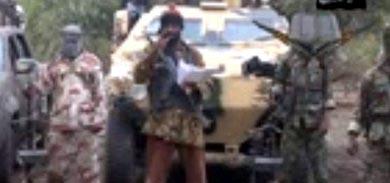 Imagen capturada del vídeo en el que el líder de Boko Haram, Abubakar Shekau, confirma que secuestraron a las 200 adolescentes nigerianas