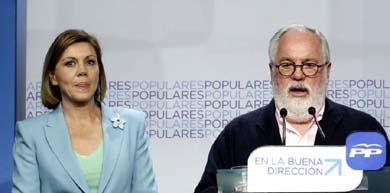 Cospedal y Cañete en la sede del PP. (Efe)