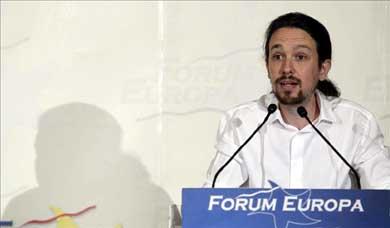 El portavoz de Podemos, Pablo Iglesias, durante su intervención este lunes en un desayuno informativo en Madrid, organizado por el Forum Europa. EFE