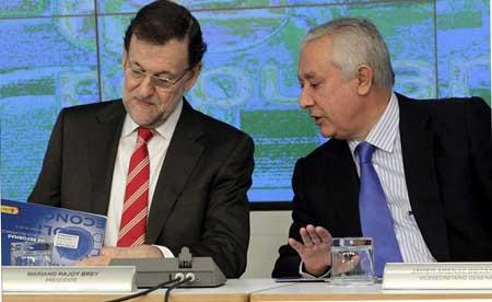 """Mariano Rajoy y Javier Arenas, los dos hombres que llegaron al """"pacto de caballeros"""" con Bárcenas. EFE"""