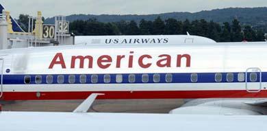 Aviones de American Airlines  en el aeropuerto Ronald Reagan de Washington