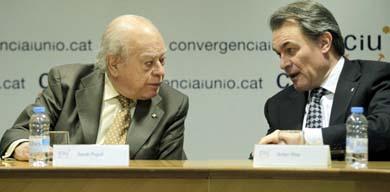 El presidente de la Generalitat, Artur Mas, y Jordi Pujol. EFE/Archivo