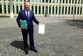 Manos Limpias afirma que coches oficiales iban a bancos suizos durante el Gobierno de Pujol