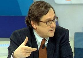 Inaudito: Marhuenda culpa a los socialistas de la crisis del ébola para salvar a Rajoy
