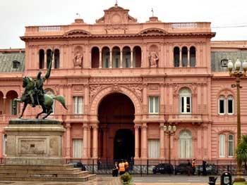 La Casa Rosada, sede el gobierno argentino...