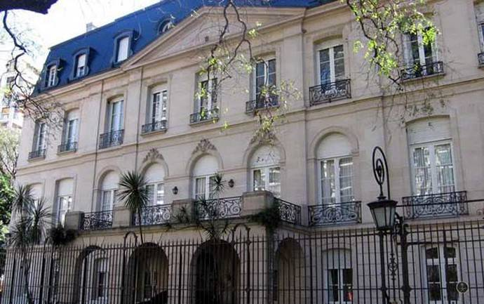 La embajada de Españra en Buenos Aires, Argentina...