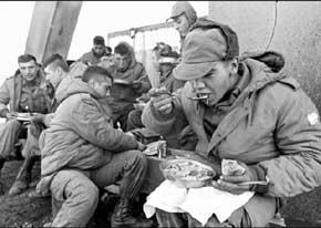 Desclasifican documentos militares de la Guerra de las Malvinas