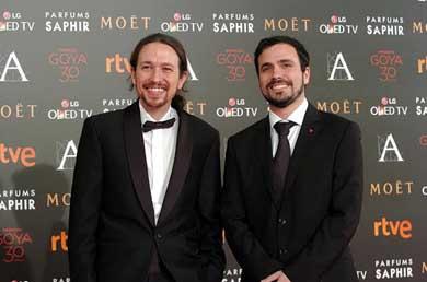Pablo Iglesias, l�der de Podemos junto a Alberto Garz�n, l�der de IU en la Gala de Los Goya...