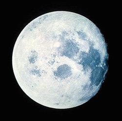 La NASA ha detectado agua en la Luna y en Marte