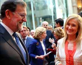 Rajoy, con Cifuentes, en los actos del 2 de mayo en Madrid.