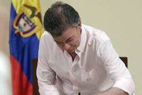 Santos ofrece recompensa al que informe sobre dinero de las FARC