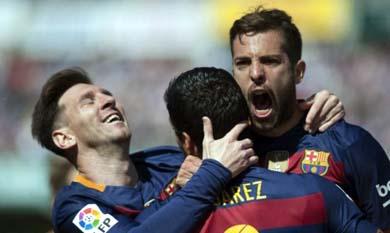 Barcelona, campeón de la Liga española: venció 0-3 a Granada con triplete de Suárez