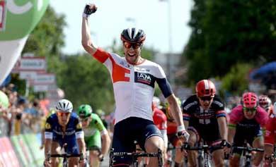 Roger Kluge gana en la decimos�ptima etapa del Giro
