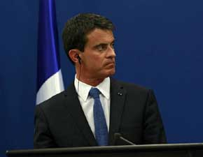 Valls acusa a los huelguistas de atacar los intereses econ�micos de Francia