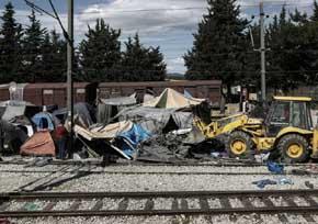 Tras evacuar Idomeni el Gobierno griego desalojar� El Pireo y Elinik�n
