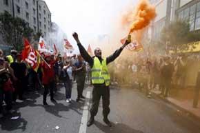 �Qu� pasar�a si Francia sigue en huelga?