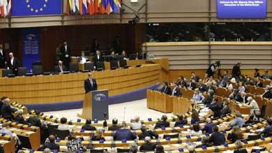 UE prolonga otro a�o las sanciones al r�gimen de Bashar al Assad