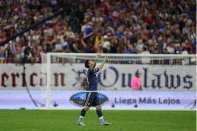 El m�ximo goleador de la selecci�n argentina de la historia, espera llevarse a casa su primer t�tulo con la albiceleste